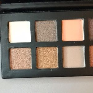 MAC Cosmetics Makeup - Mac brand new eyeshadow palette